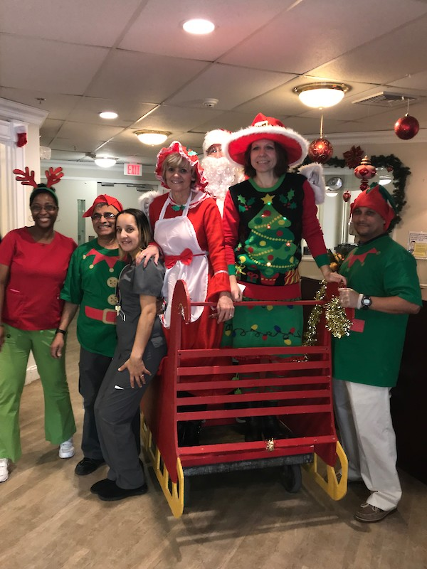 Chelsea Place Care Center, Christmas, iCare, Touchpoints Rehab, Judy Konow